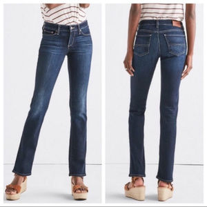 Lucky Brand Mid Rise Sweet Jean Straight leg sz 25